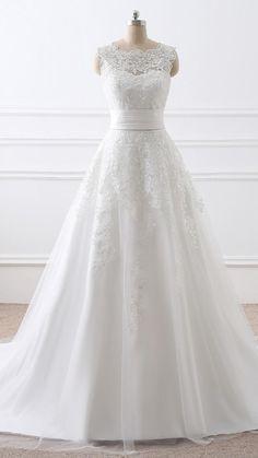 Plain Wedding Dress, Fancy Wedding Dresses, Wedding Dress Necklines, Designer Wedding Dresses, Bridal Dresses, Traditional Wedding Dresses, Bridal Gown, Prom Dresses With Pockets, Straps Prom Dresses