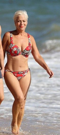.This encourages me not to over eat during the holidays. However, I have never looked like this to begin with. This woman is beautiful!