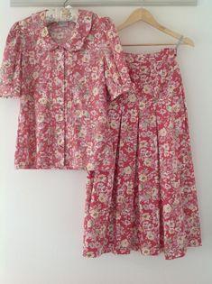 Vintage Skirt, Vintage Denim, Vintage Style, Vintage Ladies, Vintage Fashion, Laura Ashley Skirts, 80s Skirts, 80s Outfit, Floral Tops