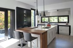 Contemporary kitchen More Pink and Gray Mid Century Modern Abstract Print Modern Kitchen Island, Kitchen Benches, Open Plan Kitchen, Kitchen Contemporary, Home Interior, Kitchen Interior, Kitchen Decor, Kitchen Ideas, Kitchen Living