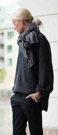 The post Low ponytail gray sweater chunky scarf tailored black pants. 2019 appeared first on Sweaters ideas. 2017 Fall Fashion Trends, Fashion 2017, Fashion Outfits, Fall Trends, Dress Fashion, Runway Fashion, Looks Street Style, Looks Style, Style Me