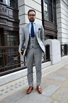 Grey 3 piece suit, pocket square, printed tie, brown shoes