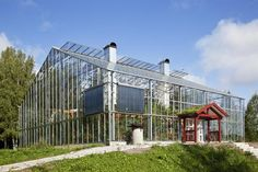 Swedish house enclosed in a greenhouse frame Greenhouse Frame, Build A Greenhouse, Greenhouse House, Earthship, House In Nature, Patio Interior, Swedish House, House Inside, Eco Friendly House
