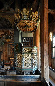 File:Stave church Lom, pulpit.jpg