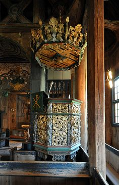 File:Stave church Lom, pulpit.jpg