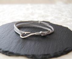 Lederarmbänder - Lederarmband mit Fischer Haken Verschluss - ein Designerstück von Mirakel1807 bei DaWanda Heart Ring, Etsy, Rings, Jewelry, Fashion, Jewellery Making, Moda, Jewelery, Heart Rings