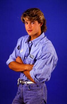 These Brad Pitt Photos From 1987 Are Wonderfully Cheesy Celebrity Moms, Celebrity Crush, Celebrity Photos, Celebrity Style, Brad Pitt Pictures, Brad And Angelina, Sarah Michelle Gellar, Handsome Actors, Fine Men