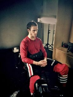 @ NHLPA/Twitter: Jonathan Toews sitting down for an NHLPA interview now at the Player Media Tour.
