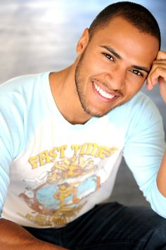 Andre Hall - costars on Tyler Perry's Love Thy Neighbor on OWN. Tyler Perry Tv Shows, Love Thy Neighbor, Fine Black Men, Latin Men, Actor Picture, Amazing Pics, Brown Skin, Man Crush