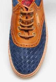 detailed pictures 2324b 64d55 De 19 bedste billeder fra Sneakers   Loafers   slip ons, Shoes ...