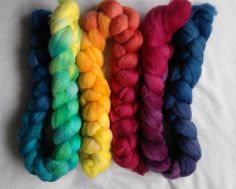 Freyalyn's dyeing, spinning, knitting and fibre-specific musings.