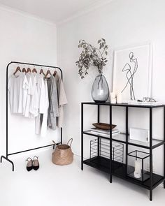 73 Nifty Small Bedroom Ideas and Designs Interior Design Room Decor Bedroom Bedroom Design Designs Ideas Interior nifty Small White Home Decor, Black Decor, Interior Design Minimalist, Minimalist Decor, Modern Minimalist Bedroom, Minimal Home Design, Minimalist Clothing, Minimalist Closet, Minimalist Architecture