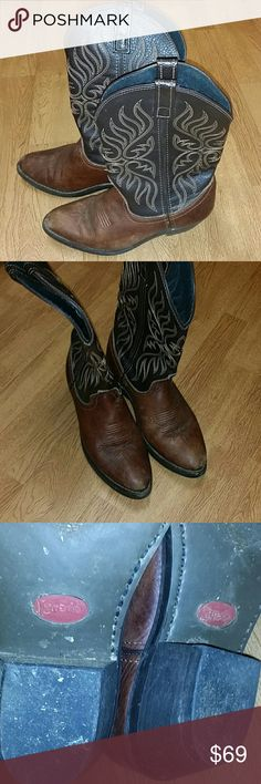 NL! Laredo women cowboy boots Adorable boots Normal wear I loved these I have so many boots though and these are too awesome to be sitting in a closet Laredo Shoes Heeled Boots