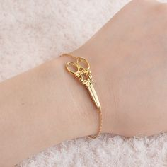 Scissors Bracelets Vintage Charm Wristband Cuff Bangle For Women Girls Birthday Fashion Creative Jewelry Gifts For Hairstylist