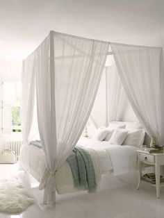 15 Covet-Worthy Canopy Beds | Diy canopy, Canopy and Bedrooms