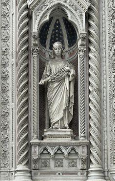 Regilla ⚜ ~ The statue of Santa Reparata, Florence, Italy