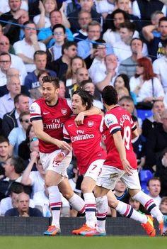 Tottenham 0 Arsenal 1 - 1-0 to the Arsenal!