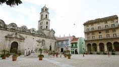 HAVANA, CUBA #travel #destination Alleyway, Cuba Travel, Havana Cuba, The Past, City, Places, Lugares, City Drawing, Cities