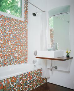 such a cool bathroom.  want to renovate current bathrooms...bad.