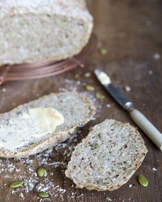 No-knead bread. https://www.jotainmaukasta.fi/2016/03/29/siemenpataleipa/