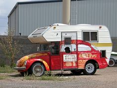 What an interesting look...I can't take my eyes off of this #RV bug camper paint job. dicegirlsnapz via Flickr