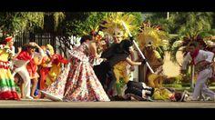 'Muévete y Pégate' es el video oficial del Carnaval de Barranquilla 2015, protagonizado por Cristina Felfle Fernández de Castro, reina del Carnaval de Barran...
