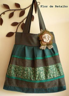 Small Sewing Projects, Sewing Crafts, Jean Crafts, Patchwork Jeans, Fabric Bags, Quilted Bag, Cloth Bags, Purses, Top Rated