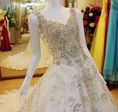 High Quality Appliques Luxury Crystal Diamond Royal Train Wedding Dress Ball Gown Bridal Dress Free shipping Wedding Dresses     Tag a friend who would love this!     FREE Shipping Worldwide     Buy one here---> http://onlineshopping.fashiongarments.biz/products/high-quality-appliques-luxury-crystal-diamond-royal-train-wedding-dress-ball-gown-bridal-dress-free-shipping-wedding-dresses/