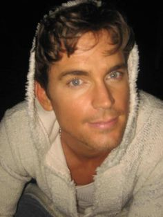 Watch @MattBomer in #MagicMikeXXL @felicialinsky #spraytan #makeup
