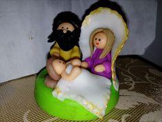 Sagrada Familia en porcelanicron.  Calle del arte.  Cali. 2014.