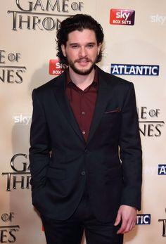 """Pin for Later: Die Stars aus Game of Thrones sehen """"normal"""" noch viel besser aus Kit Harington"""