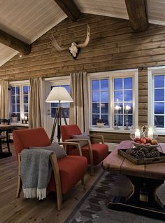 Make That Change - Transitioning to a Contemporary Living Room - Transitional Decor - Cabin Homes, Log Homes, Modern Log Cabins, Chalet Interior, Log Home Decorating, Cabins And Cottages, Cottage Interiors, Cozy Cabin, Halle