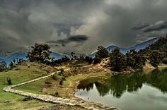 Deoria Tal in Himalaya - An awe-inspiring place indeed