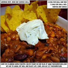As Autumn gets his hairy, cold fingers into you, here's a recipe for beef, bean and chorizo chilli to warm you right through! A perfect Slimming world meal! Healthy Eating Recipes, Spicy Recipes, Beef Recipes, Healthy Snacks, Savoury Recipes, Brunch Recipes, Slimming World Recipes Syn Free, Slimming World Diet