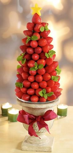 Strawberry Christmas Tree by loretta