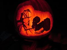 Pumpkin I carved for Halloween Its from the Tale of the Three brothers in Harry Potter. This is Death claiming the brother with the resurrection stone after he hung himself. Harry Potter Pumpkin Carving, Pumkin Carving, Halloween 2014, Halloween Pumpkins, Autumn Crafts, Holiday Crafts, Harry Potter Three Brothers, Carving Designs, Art Club