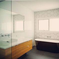 @dktbuildingsolutions #bathroom #taps #interiordesign #australia #architecture #