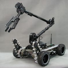 Mechanical Engineering Design, Mechanical Design, Electrical Engineering, Electronics Gadgets, Gadgets And Gizmos, Zombie Vehicle, Robotics Projects, Arduino Projects, Mobile Robot