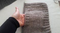 Örgüde Cep Torbası Nasıl Yapılır - How to make a braided pocket bag - Yo. Knitting Videos, Knitting Stitches, Baby Knitting, Knitting Patterns, Crochet Patterns, Fibre And Fabric, Knit Crochet, Braids, Pocket