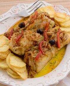 Seafood Recipes, Cooking Recipes, Portuguese Recipes, Portuguese Food, Cod Fish, Fish And Seafood, Cheesesteak, Vegetable Pizza, Delish