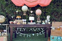Love Is In The Air ✈ Destination Wedding Inspiration | Fly Away Bride