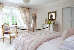 Sofia's Journal || UK Lifestyle Blog: home interiors March 15, 2012 An English Country Home...bedroom ideas