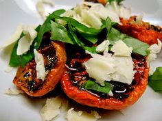 roasted tomato salad with basil and vintage cheddar. www.gourmetkitschen.blogspot.com
