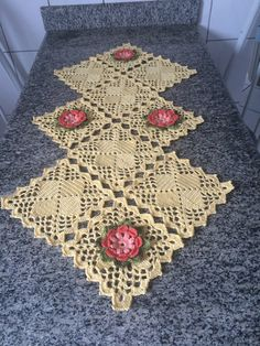 Items similar to Caminho de mesa em croche, Crochet table runner on Etsy Crochet Dollies, Crochet Borders, Crochet Diagram, Crochet Stitches Patterns, Crochet Art, Crochet Squares, Crochet Home, Thread Crochet, Crochet Granny