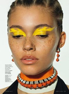 creative makeup looks eye art easy - eye makeup art easy . creative makeup looks eye art easy . Creative Makeup Looks, Simple Makeup, Natural Makeup, Maquillage On Fleek, Makeup Eyeshadow, Hair Makeup, Hijab Makeup, Yellow Makeup, Yellow Eyeshadow