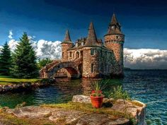Boldt Castle, Heart Island, New York State, USAI have sailed past this - a very sad story built for his wife, who died before he completed it