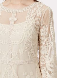 Nude Embroided Maxi Dress - Kleider - Kleidung - Miss Selfridge Germany
