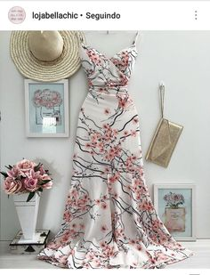 Love it - Salvabrani Chic Outfits, Dress Outfits, Fashion Outfits, Womens Fashion, Latest Outfits, Party Outfits, Pretty Dresses, Beautiful Dresses, Summer Formal Dresses