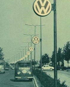 Car Volkswagen, Volkswagen Transporter, Vw Cars, Vw T1, Vw Camper, Campers, Audi, Porsche, Dreams