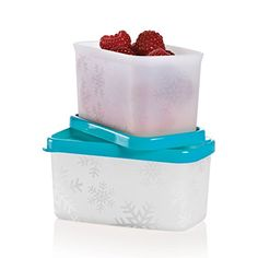 Freeze-It™ Mini Set      $12.00  Keep the season?s best fresh with these excellent flavor savers. Superior seals lock in nutrients and flavor. Flexible containers make it easy to remove frozen food. Stackable design makes freezer organizing a snap.      Includes two ¾-cup/200 mL Mini Rectangular containers     In Tropical Water     Dishwasher safe     Limited Lifetime Warranty